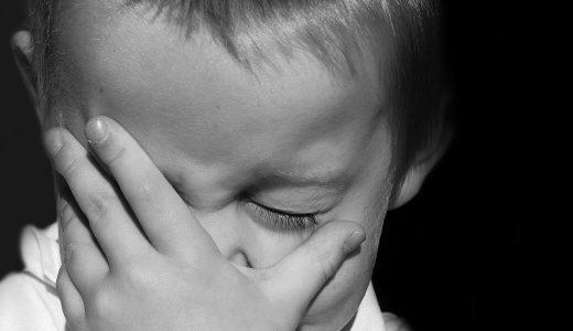 赤ちゃんが泣き止む!夜泣きで見せる動画3選