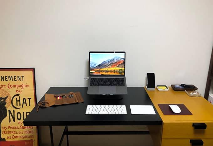 MacBook Proのある風景