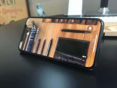 リングを使ってiPhoneの簡易スタンドに