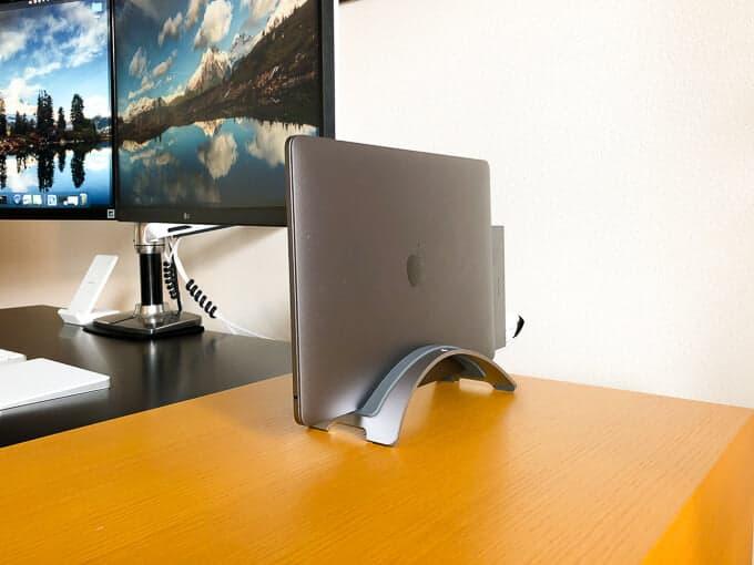 MacBookのパソコンスタンド