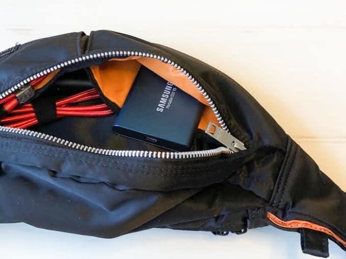 外付けSSD SAMSUNG PotableSSD T5持ち運び