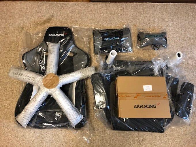 AKRACINGゲーミングチェアPro-Xの付属品
