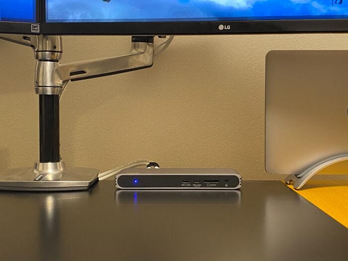 トリプルディスプレイCalDigit USB-C Pro Dockドッキングステーション起動中LED