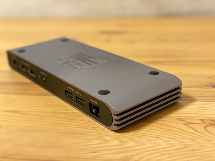 トリプルディスプレイCalDigit USB-C Pro Dockドッキングステーションスリット