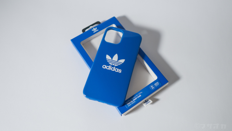 adidas iPhone12ケース
